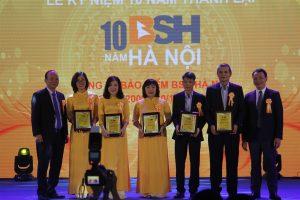 Hoa cài áo đại biểu – Lễ Kỷ niệm 10 năm thành lập BSH Hà Nội